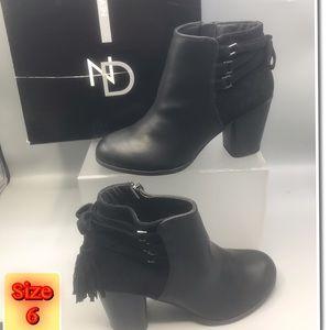 New Direction women's Fringe tassel Black Ankle 6